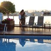 Piscina, posta de sol Hotel Ciutat Barcelona